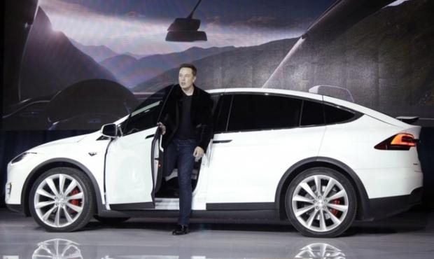Tesla може збанкрутувати за 10 місяців