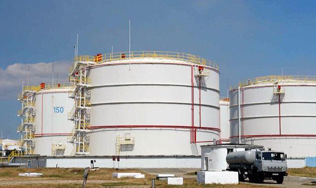 Картинки по запросу суд знову заарештував нафтобазу